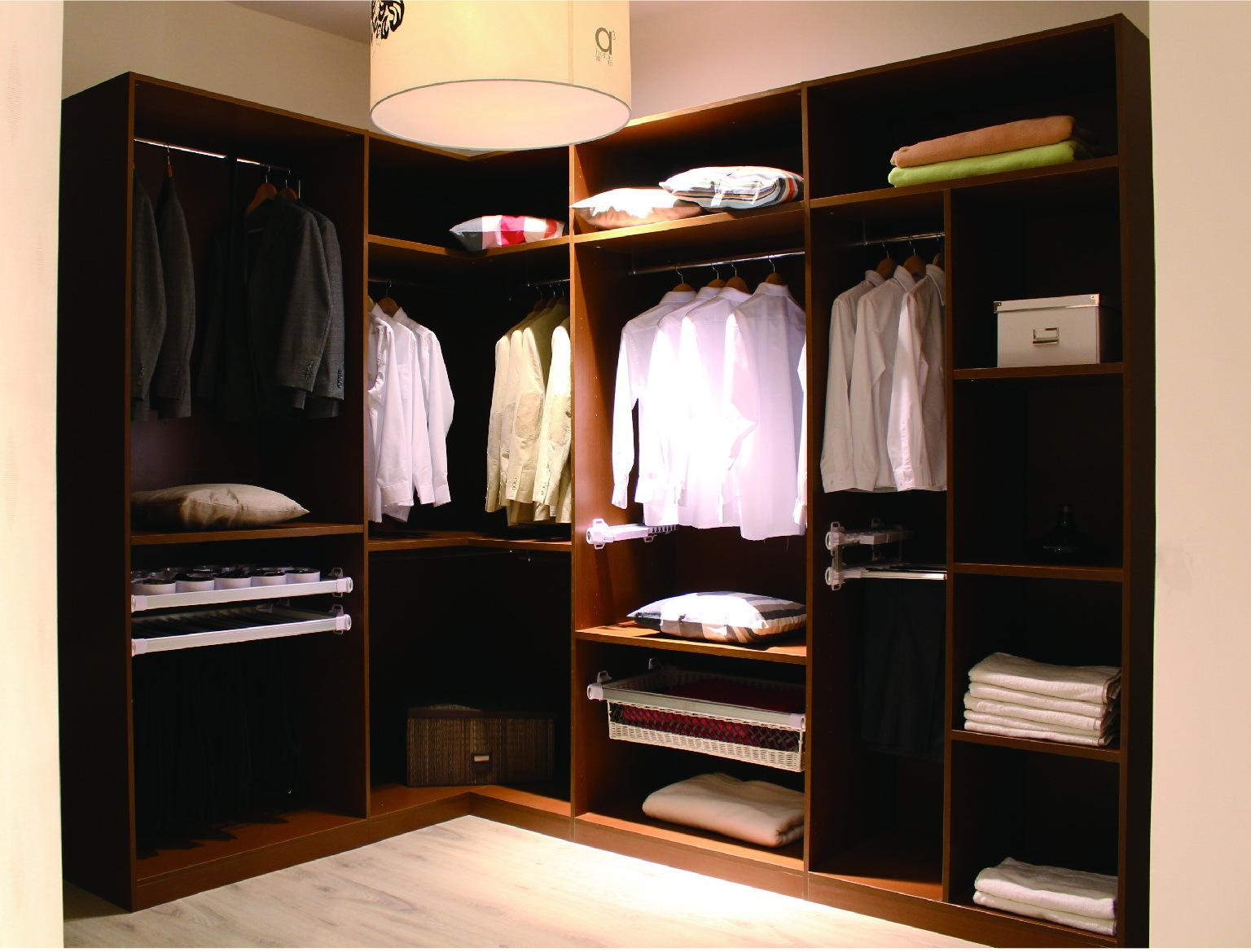 5米的床 衣柜`方便带上`设计图或者其他好的建议`好的加分` =========