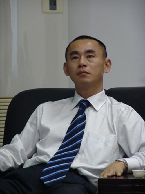 公司董长邹建明