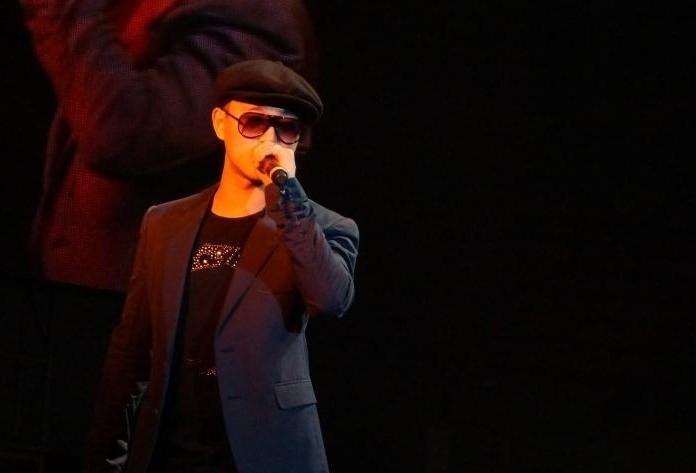 姜熙建/姜熙建,艺名Gary,是韩国Hip/hop二人组合Leessang成员,现任...