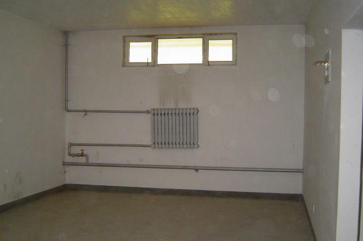 本工程地下室底板,地下室外墙防水层两道