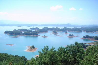 2001年8月区域调整原淡竹乡6个村并入千岛湖镇.