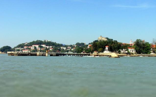 厦门岛面积约132.5平方公里