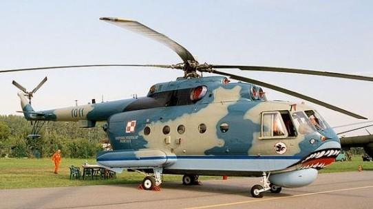 一架俄罗斯米-14救援直升机今天早些时候在参加俄日海上演习时坠入鄂