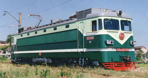 韶山1型电力机车