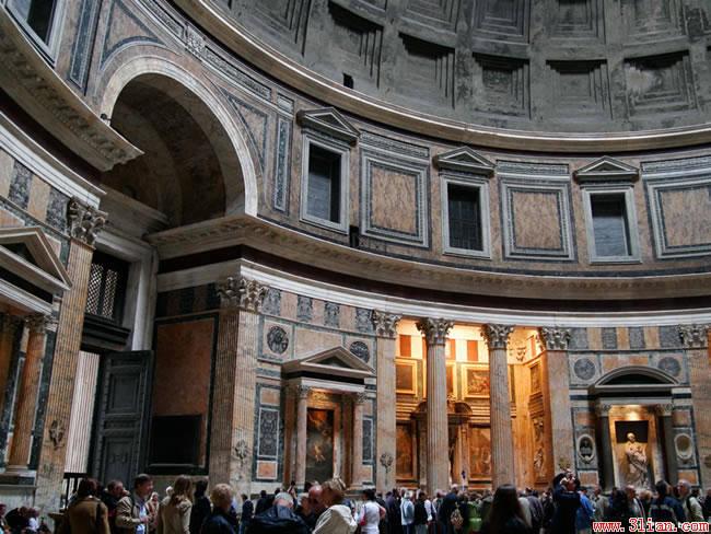 编辑本段建筑风格   古罗马建筑是古罗马人沿习亚平宁半岛上伊特鲁